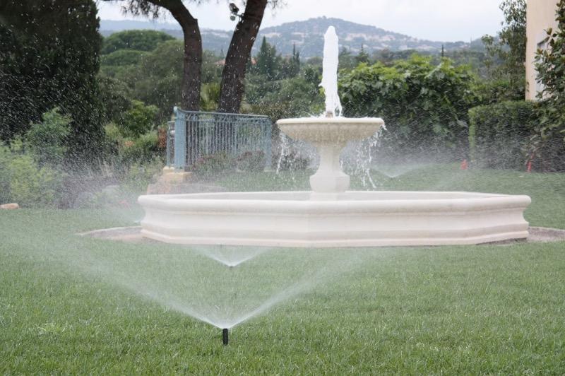Autour de la piscine r novation et entretien sainet for Piscine sainte maxime