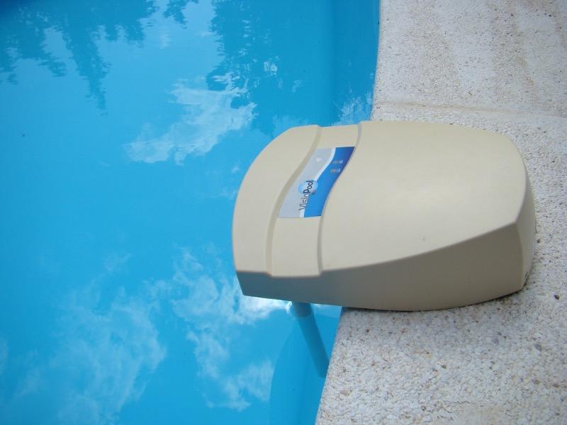Entretien de piscine great balais manuel entretien for Accessoire piscine yvelines